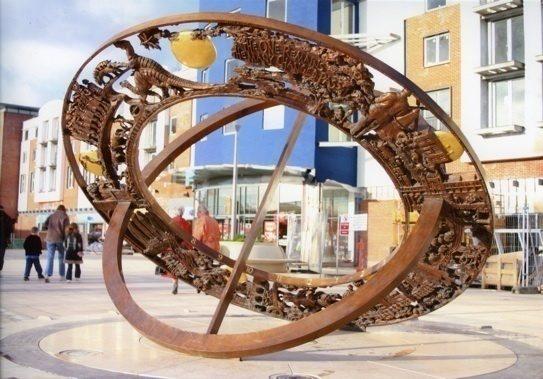 The Horsham Heritage Sundial – Horsham, West Sussex
