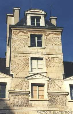 Dials of Lycée - Louis-le-Grand, Paris, France Border Sundials