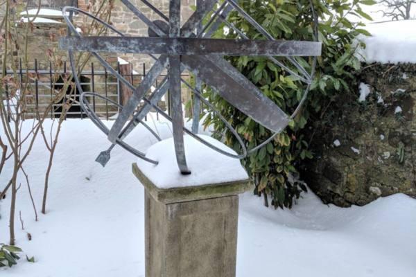 Verdigris Border Sundials